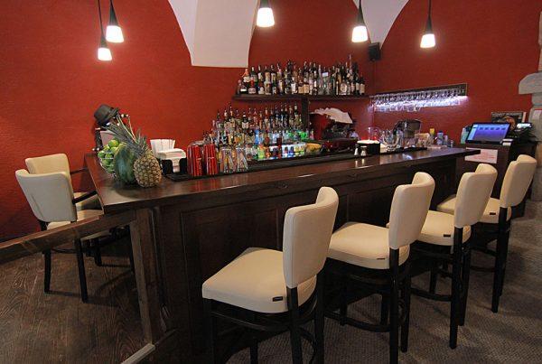 Bar, kaviareň